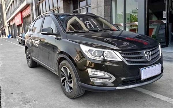 Bao Jun-560-2016-1.8L