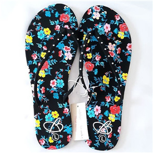 Bobbie Brooks girls beach slippers