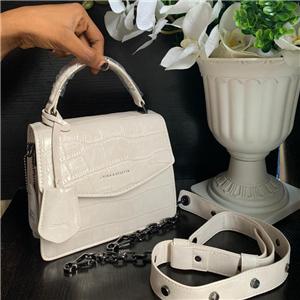 Modern lady bag