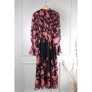 Medium-length elegant printed dress