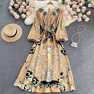 Medium and long-printed long-sleeved dress