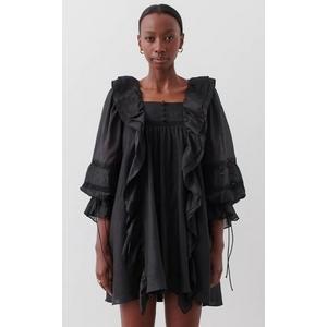 U-necked leaf-side dress